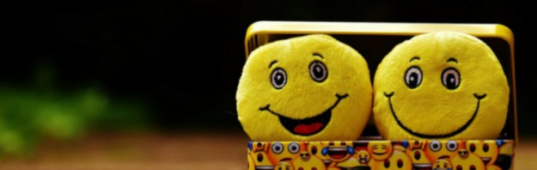 تنزيل تطبيق Emoji Me ايموجي الايفون: وجوه متحركة